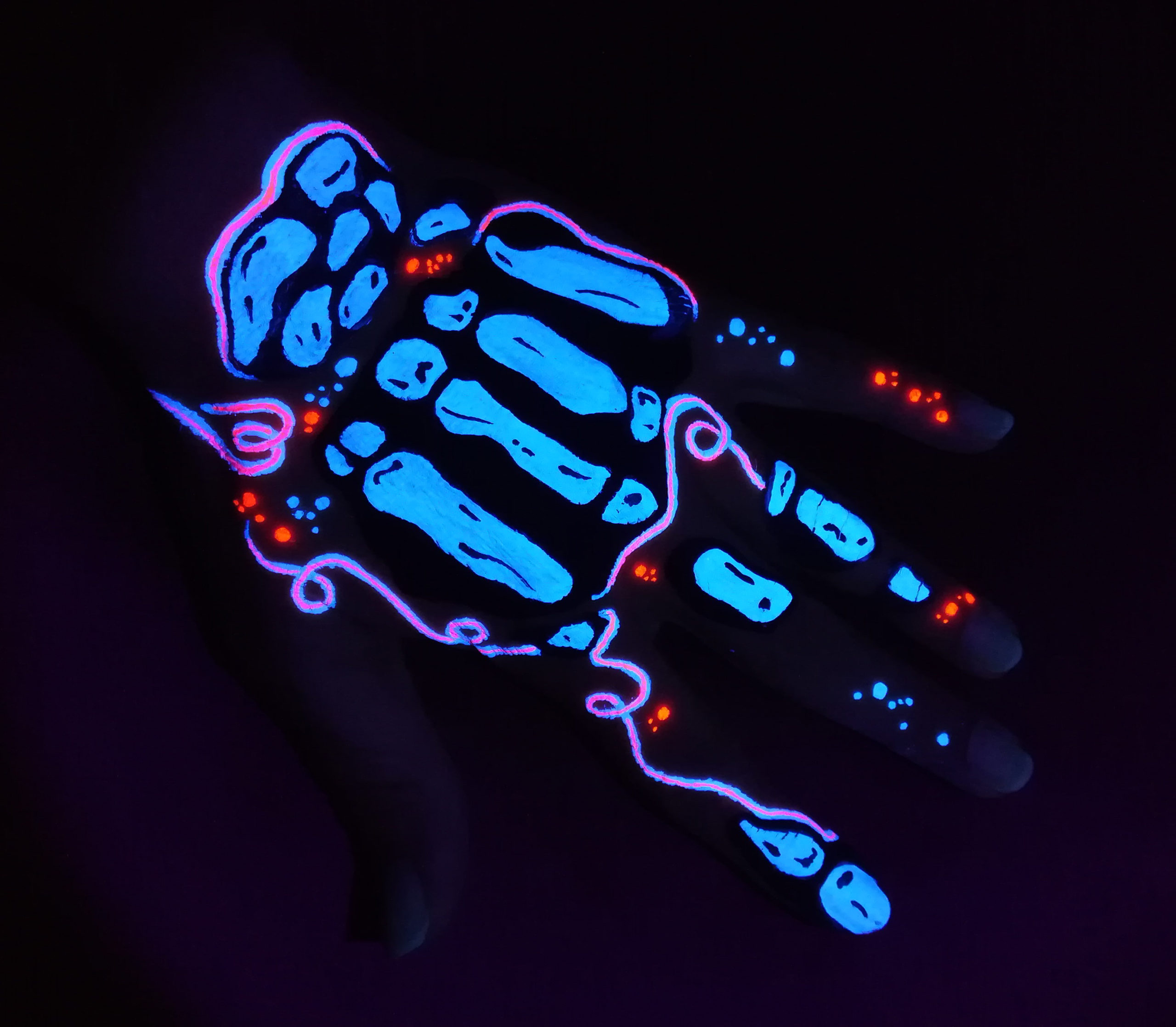 maquillage facepainting neon fluo skull squelette