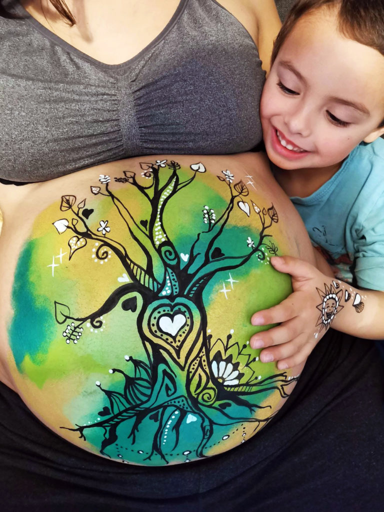 belly painting maquillage peinture grossesse famille